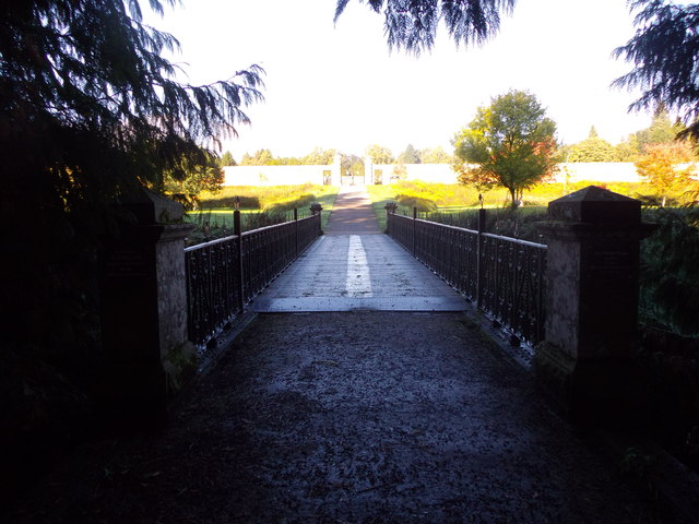Earl Michael's Bridge, Glamis Castle