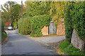 SU8771 : Osborne Lane, Newell Green by Alan Hunt