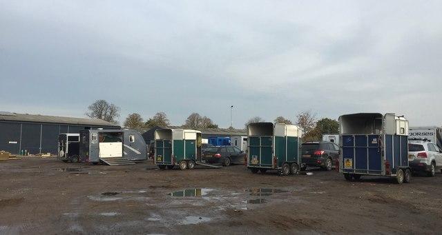 Somerford Park Farm: trailer park