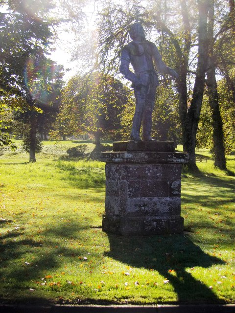 King James VI statue