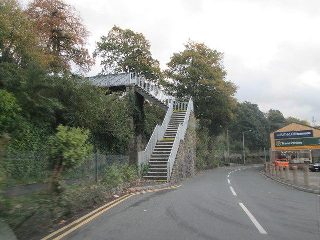 Footbridge  from  St  Helen's  Road  over  railway