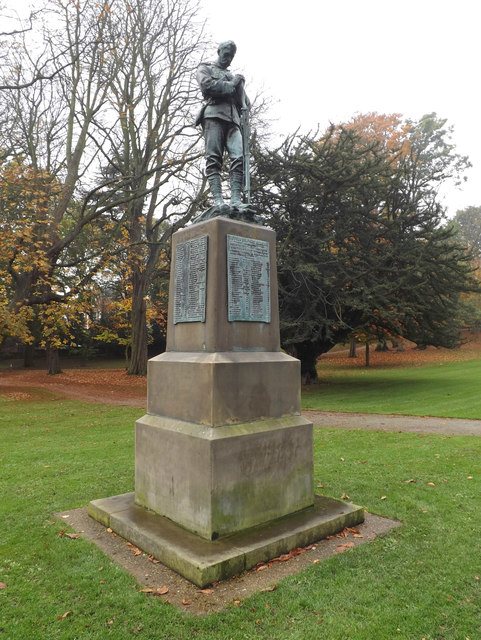 Suffolk Soldiers Memorial in Christchurch Park