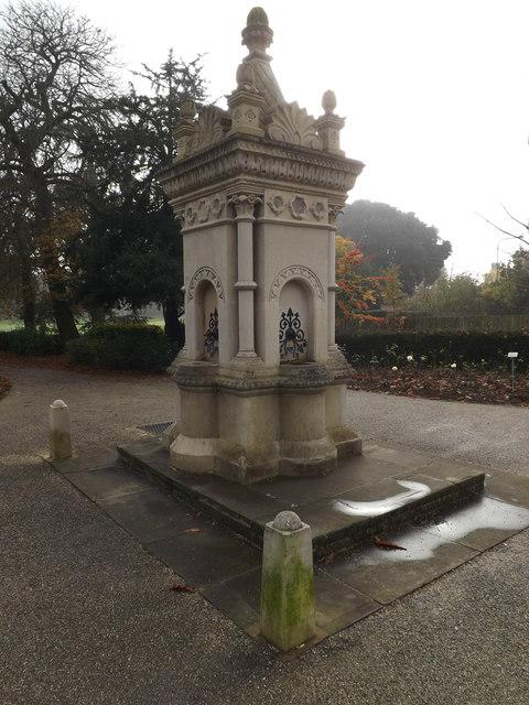 Water Fountain in Christchurch Park
