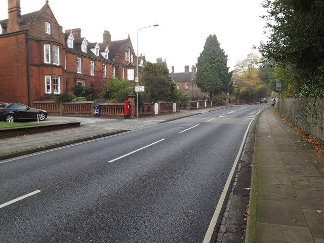 Henley Road & Ipswich School George VI Postbox