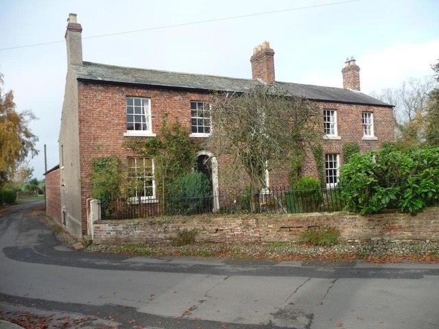 Houses in Tarraby