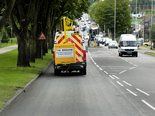 Pedestrian-Controlled Traffic Lights on Boundary Road