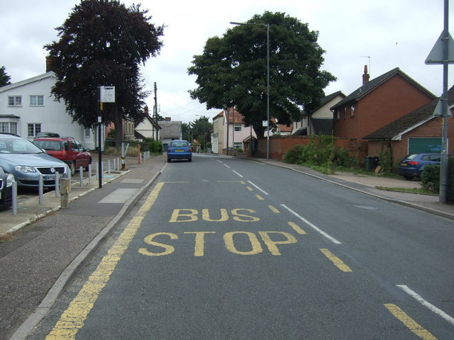 Bus stop on Diss Road, Scole by JThomas