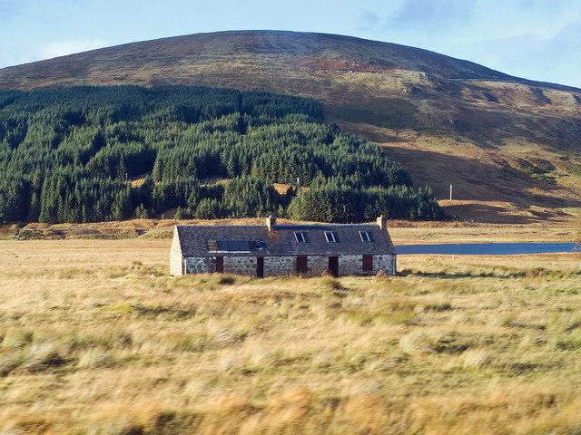 Towards Inver Croft Mountaineering Hut