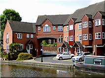 SO8171 : Apartments at Parkes Quay in Stourport, Worcestershire by Roger  Kidd