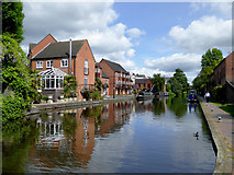SO8171 : Staffordshire and Worcestershire Canal in Stourport, Worcestershire by Roger  Kidd
