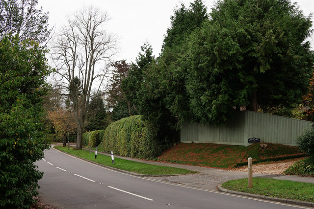 Waverley Lane, Farnham