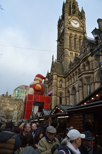 Christmas Market, Albert Square & Town Hall