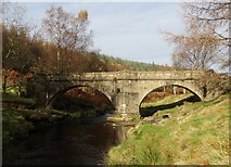 SK1695 : Bridge over The River Derwent by Neil Theasby
