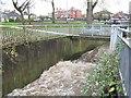 SE2533 : Farnley Reservoir: high inflow (2) by Stephen Craven
