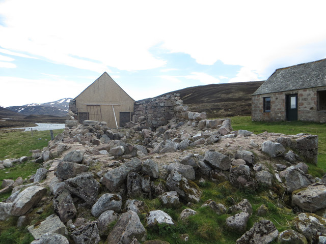 Faindouran bothy with temporary repair to gable end