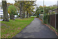 SU8554 : Walkway, Arrow Road by Alan Hunt