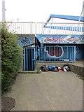 TA1031 : Locked gate by Jonathan Thacker
