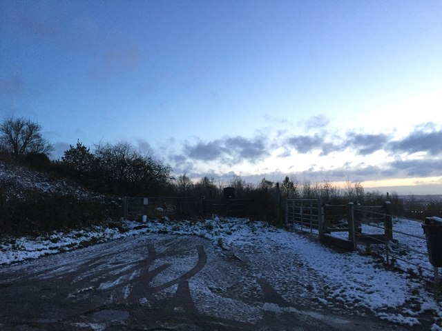 Alsagers Bank: dawn at the dead end of High Lane