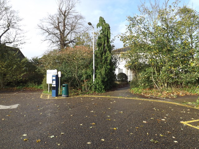 Path to Diss Freemasons Hall