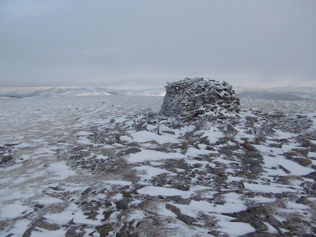 Summit, Meall Chuaich