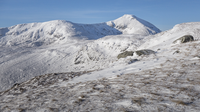 On the southeastern ridge of Meall na Dige looking towards Stob Binnein