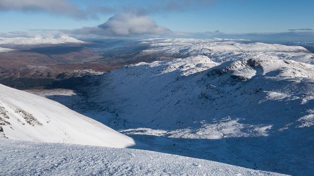 On the southern ridge of Stob Binnein looking towards Glen Dochart