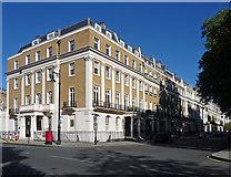 TQ2879 : 103-118 Eaton Square by Stephen Richards