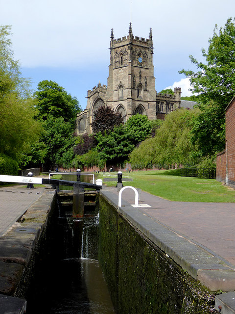 Lock and church in Kidderminster, Worcestershire