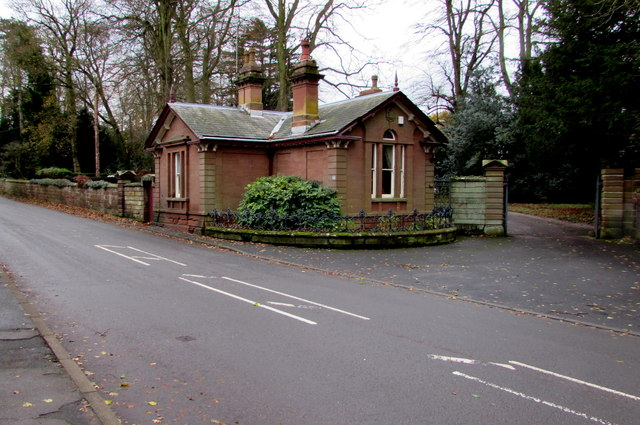 Former lodge, 54 High Street, Albrighton