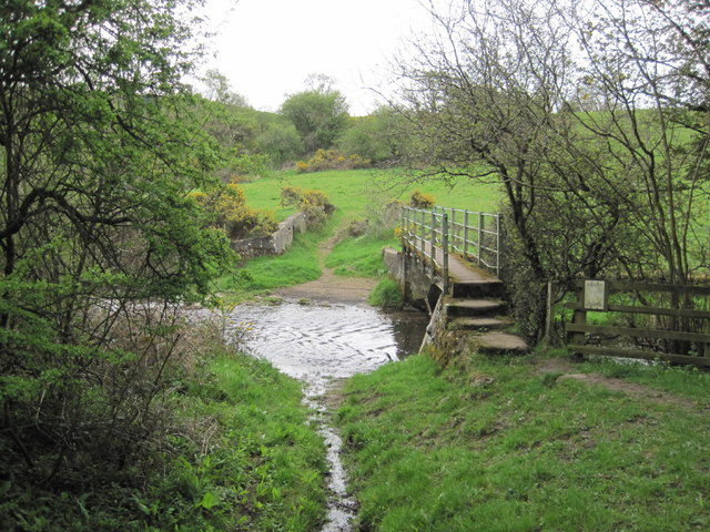 Footbridge and Ford, Ridingmill Burn