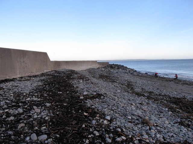 Storm beach on the seaward side of southern wall of Newcastle Harbour