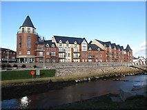 J3731 : The Waterfoot Apartment Complex at Castle Bridge by Eric Jones