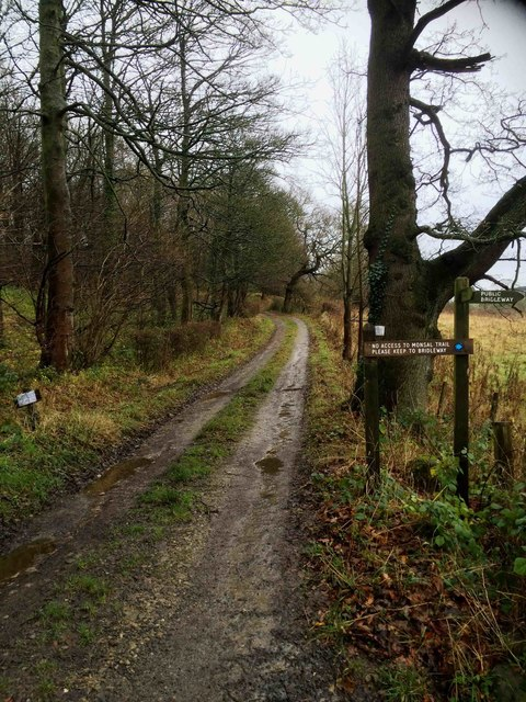 No further access turn right for bridleway