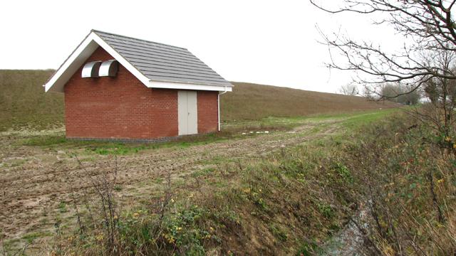 Pump house and farm reservoir