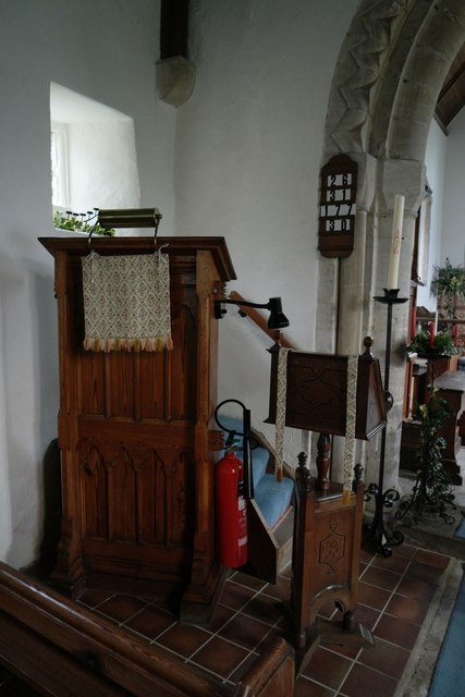 Church of St Mary: Pulpit and Lectern