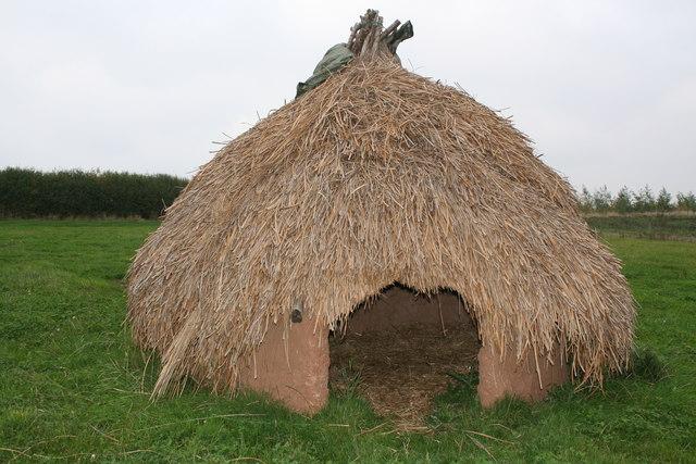 Iron Age Hut by Hill Farm Shop Edingley