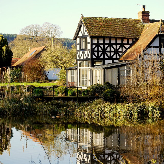 Hereford Lodge, reflected, 2
