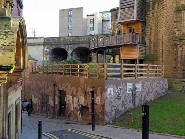 Historical wall mural below Black Gate, Side