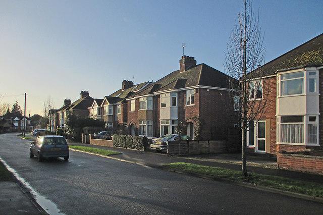 Lichfield Road: winter sunlight on Christmas Eve