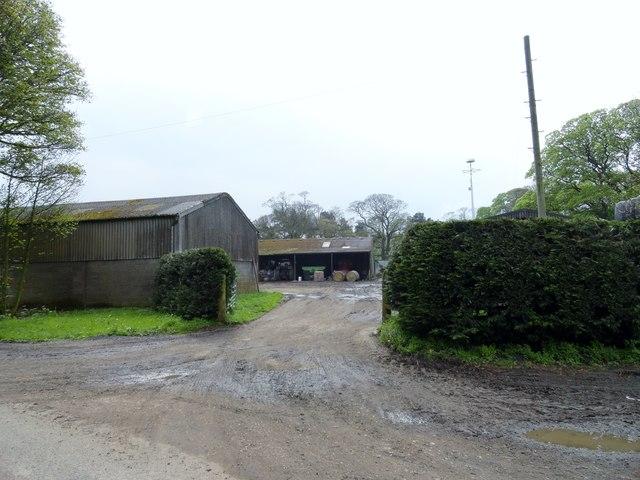 Entrance to the farmyard at Horse Gate