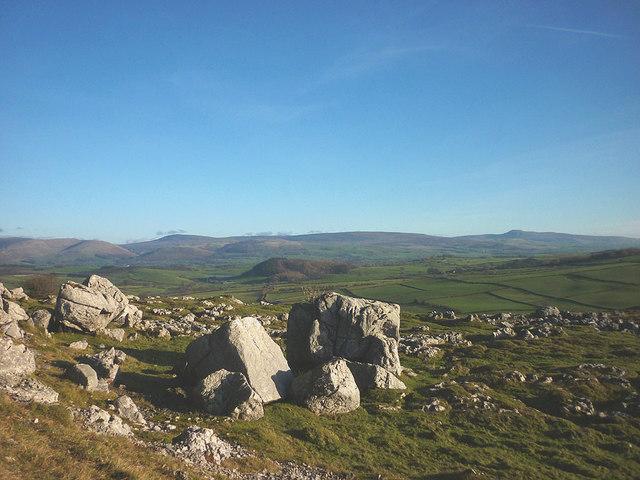 Limestone boulders, Newbiggin Crags