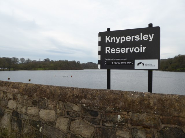 Knypersley Reservoir: dam wall