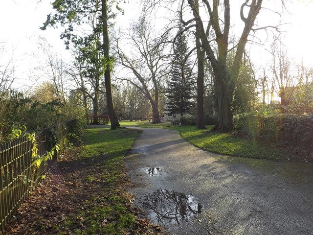 Path in Christchurch Park