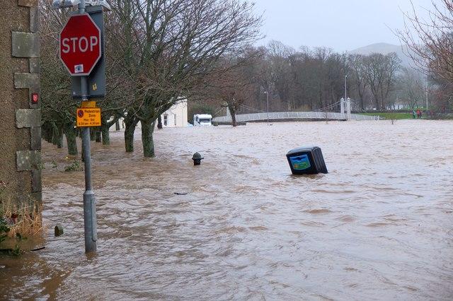 Flooding across Tweed Green, Peebles (4)