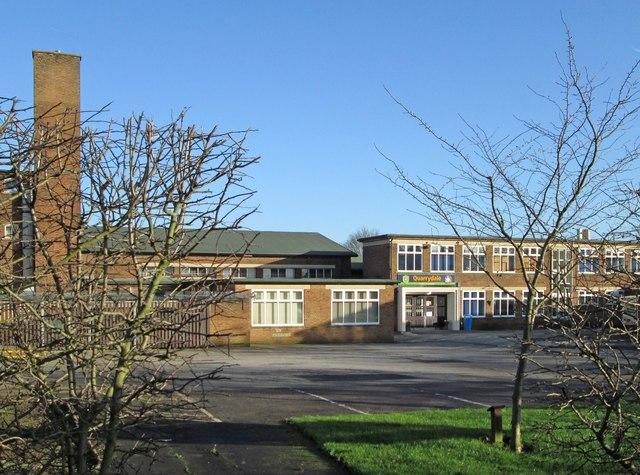 Sutton-in-Ashfield - Quarrydale School