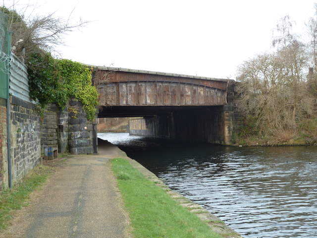 Bridge H, Leeds and Liverpool Canal