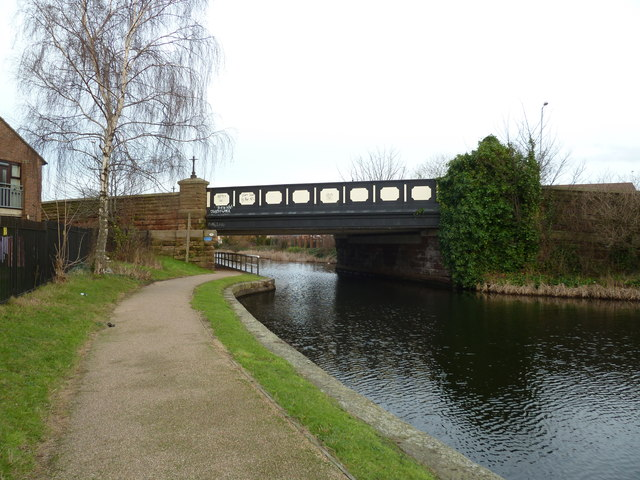 Bridge 2B, Leeds and Liverpool Canal