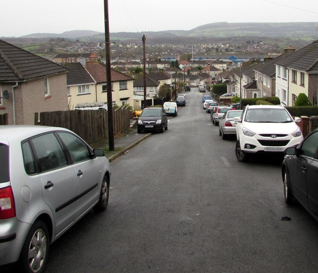 Down Graig Park Avenue, Malpas, Newport