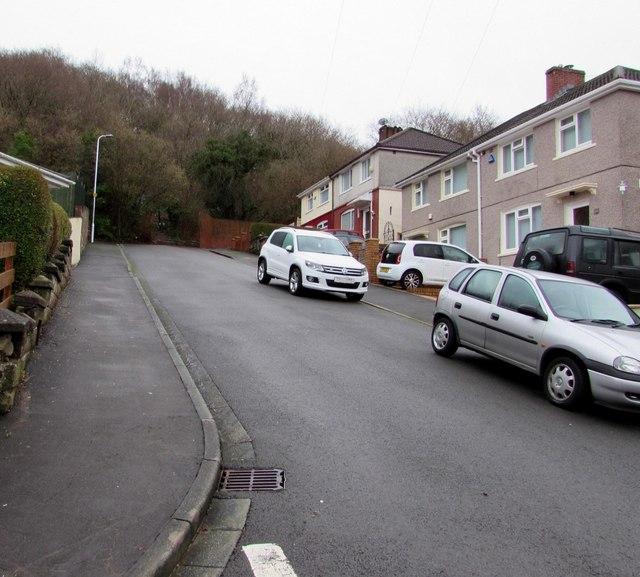 Steep eastern end of Graig Park Road, Malpas, Newport