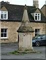 SK9804 : Jubilee Fountain, Ketton by Alan Murray-Rust